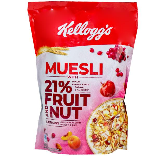 Kellogg's Muesli with 21% Fruit and Nut Pouch.
